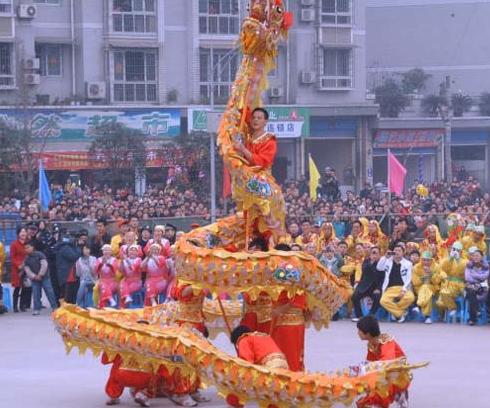 春节舞龙的习俗