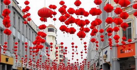 春节为什么要挂灯笼