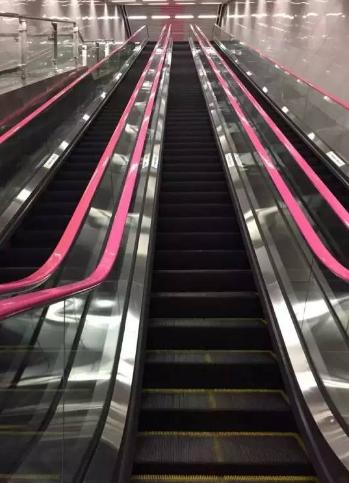 中國最深地鐵站扶梯3分鐘才到地面