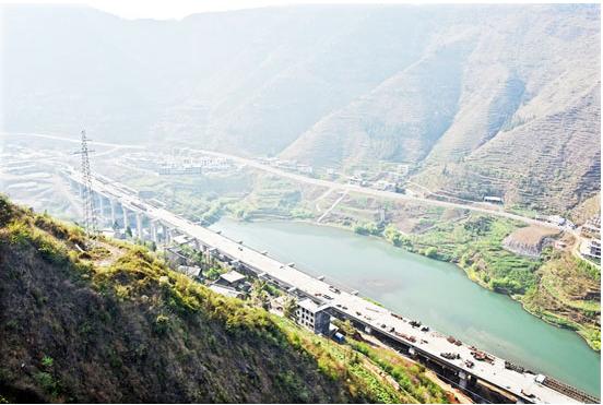 沪昆高铁贵阳至长沙段6月开通