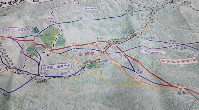 贵南高铁站点及走向图