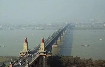 南京长江大桥封闭维修的内容