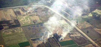 焚烧秸秆致重霾-客运站