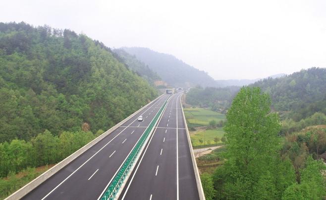 2015五一放假高速路免费吗